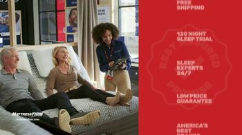 Mattress Firm TV Spot, 'King for a Queen, Free Adjustable Base on Sealy' - Thumbnail 6