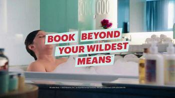 Hotwire TV Spot, 'Live in a Bathtub' - Thumbnail 10