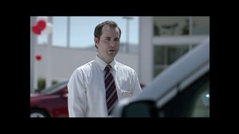 2012 Honda Odyssey LX TV Spot, 'Eh' - Thumbnail 2