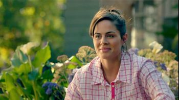 Lowe's Home Improvement TV Spot, 'Spring Garden Necessities' Song by Alyssa - Thumbnail 4