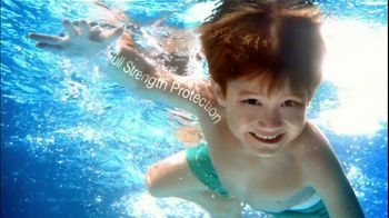 Neutrogena Wet Skin Kids TV Spot, 'Pool' - Thumbnail 5