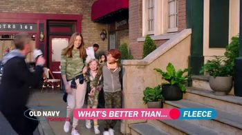 Old Navy TV Spot, 'What's Better Than Fleece?: 30 Percent Off' Featuring Neil Patrick Harris - Thumbnail 4
