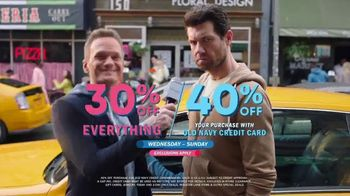 Old Navy TV Spot, 'What's Better Than Fleece?: 30 Percent Off' Featuring Neil Patrick Harris - Thumbnail 9