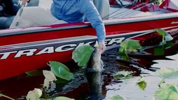Bass Pro Shops Spring Fishing Classic TV Spot, 'Get on the Water' - Thumbnail 4