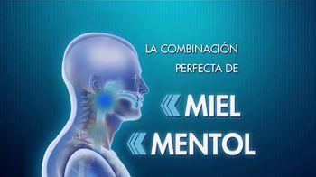 Flanax Cough Relief TV Spot, 'Comentarista' [Spanish] - Thumbnail 7
