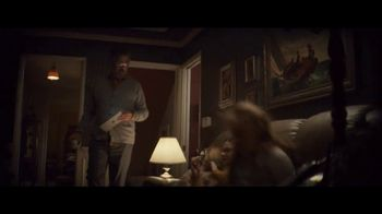 Apple iPad TV Spot, 'Navidad: la sorpresa' canción de Michael Giacchino [Spanish] - Thumbnail 3
