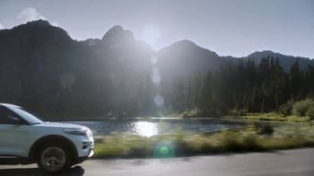 Ford Built for the Holidays Sales Event TV Spot, 'Completely Re-Imagined: 2020 Explorer' [T1] - Thumbnail 7