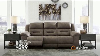 Ashley HomeStore TV Spot, 'Home for the Holidays: 25 Percent: Sofas & Dining' Song by Midnight Riot - Thumbnail 6