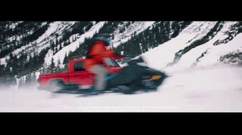 2020 Jeep Gladiator TV Spot, 'Seats: Snow' Song by Zayde Wolf [T2] - Thumbnail 5