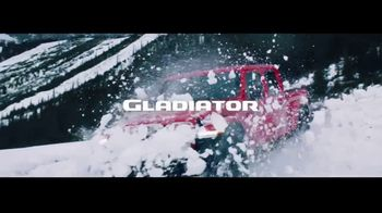 2020 Jeep Gladiator TV Spot, 'Seats: Snow' Song by Zayde Wolf [T2] - Thumbnail 8
