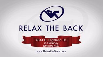 Relax the Back Holiday Shopping TV Spot, 'Take the Pain Out of Holiday Shopping' - Thumbnail 7