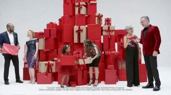 JCPenney Gift, Gift Hooray Sale TV Spot, 'Spread Some Cheer' - Thumbnail 7