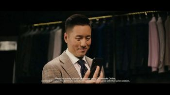 QuickBooks TV Spot, 'NFL: ESQ Suit Shop' Featuring Charles Tillman - Thumbnail 8