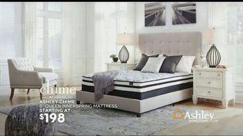 Ashley HomeStore TV Spot, 'Home for the Holidays: Chime Mattress + Zero Percent Interest' Song by Midnight Riot - Thumbnail 5