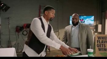 Wingstop TV Spot, 'Senior Flavor Commentator' Featuring Jalen Rose and Marcus Spears - Thumbnail 2