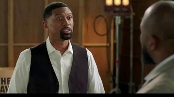 Wingstop TV Spot, 'Senior Flavor Commentator' Featuring Jalen Rose and Marcus Spears - Thumbnail 5