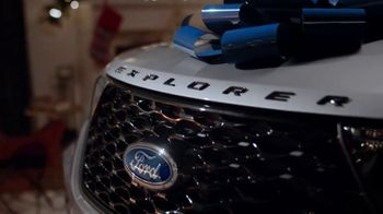 2020 Ford Explorer TV Spot, 'Off the Naughty List' [T2] - Thumbnail 3