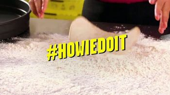 Hungry Howie's TV Spot, 'Digital Blitz: 51 Percent Off' Song by Montell Jordan - Thumbnail 4