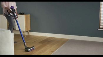 Dyson V11 TV Spot, 'Twice the Suction: $200' - Thumbnail 1