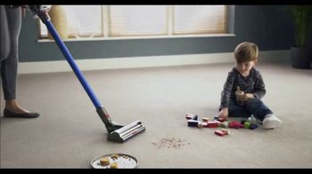 Dyson V11 TV Spot, 'Twice the Suction: $200' - Thumbnail 2