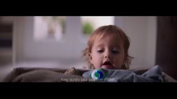 Tide TV Spot, 'Child-Guard Packaging: Spring Meadow Scent'