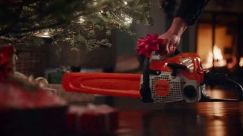 ACE Hardware TV Spot, 'Perfect Present: Neighborhood Christmas Party' - Thumbnail 4