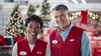 ACE Hardware TV Spot, 'Perfect Present: Neighborhood Christmas Party' - Thumbnail 7