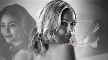 Dyson AirWrap Styler TV Spot, 'Set Curls' - Thumbnail 8