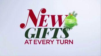 Kohl's TV Spot, 'Holiday Shopping Made Easy: Amazon Returns' - Thumbnail 7
