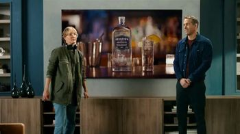Samsung QLEDTV TV Spot, 'A Commercial Within a Commercial' Ft. Ryan Reynolds - Thumbnail 9