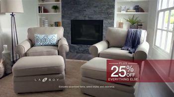 La-Z-Boy Holiday Sale TV Spot, 'BOGO Recliner Event' - Thumbnail 8