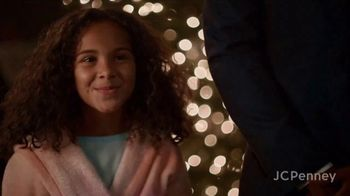 JCPenney TV Spot, 'Little Things: Hair Dryer' - Thumbnail 7