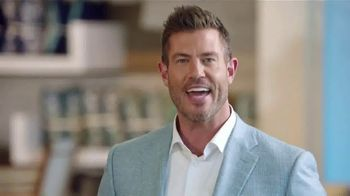 Rooms to Go Patio TV Spot, 'Showrooms' Featuring Jesse Palmer