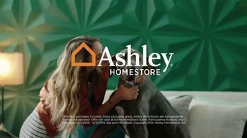Ashley HomeStore Black Friday Sale TV Spot, 'Extended: 25 Percent Off' Song by Midnight Riot - Thumbnail 8