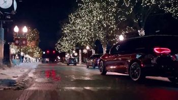 Chrysler Big Finish 2019 TV Spot, 'Holidays: Employee Pricing Plus' [T1] - Thumbnail 6