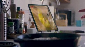 Food Network Kitchen TV Spot, 'Anybody' Featuring Valerie Bertinelli - Thumbnail 5