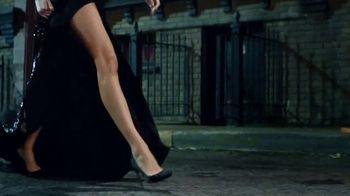 Carolina Herrera Fragrances TV Spot, 'Official' Featuring Karlie Kloss, Song by Chris Issak - Thumbnail 5