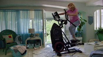 Bowflex Holiday Deals TV Spot, 'Keeps You Working Out' - Thumbnail 5