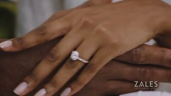 Zales Winter Jewelry Sale TV Spot, 'Holidays: The Diamond in Your Life' - Thumbnail 5