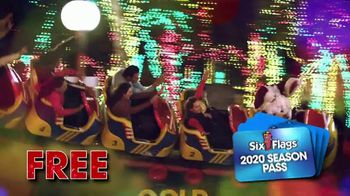 Six Flags Holiday in the Park TV Spot, '70 Percent Off Season Passes and Gold Upgrade' - Thumbnail 6
