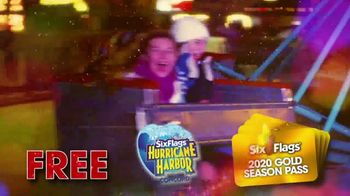 Six Flags Holiday in the Park TV Spot, '70 Percent Off Season Passes and Gold Upgrade' - Thumbnail 9
