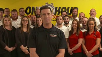 One Hour Heating & Air Conditioning TV Spot, 'Holidays: From Our Family to Yours' - Thumbnail 5