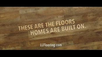 Lumber Liquidators TV Spot, 'Styles & Features: Waterproof Flooring' Song by The Electric Banana - Thumbnail 10