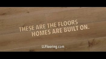 Lumber Liquidators TV Spot, 'Styles & Features: Waterproof Flooring' Song by The Electric Banana - Thumbnail 9