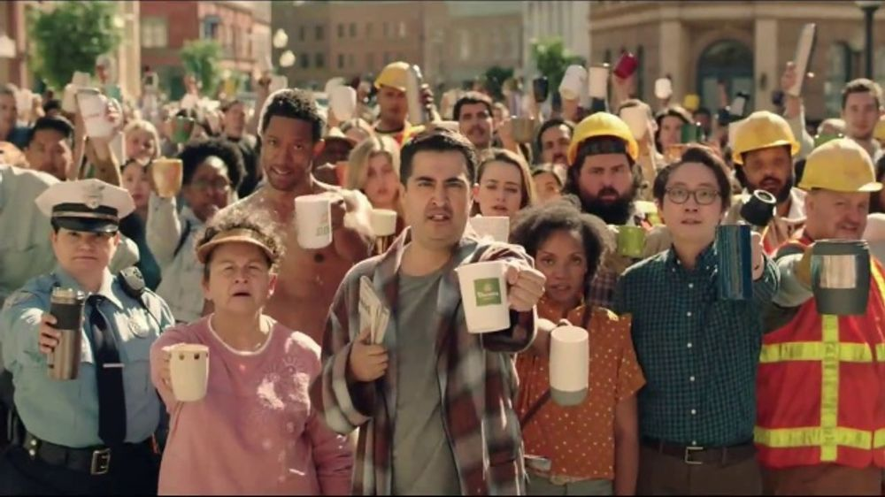 Panera Bread Unlimited Coffee TV Commercial, 'Sunrise'