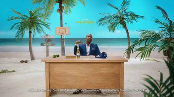 Corona TV Spot, 'Hotline: Buckets on Buckets' Featuring Kenny Smith - Thumbnail 10