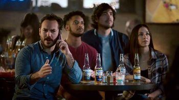 Corona TV Spot, 'Hotline: Buckets on Buckets' Featuring Kenny Smith - Thumbnail 4