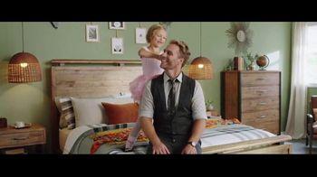 Ashley HomeStore TV Spot, 'Onward: The Right Find' - Thumbnail 5