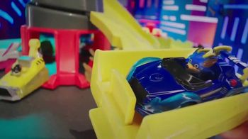 PAW Patrol True Metal Mighty Meteor Track Set TV Spot, 'Ride the Lightning' - Thumbnail 5