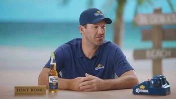 Corona Extra TV Spot, 'Bracket Problems' Featuring Tony Romo, Kenny Smith - Thumbnail 10